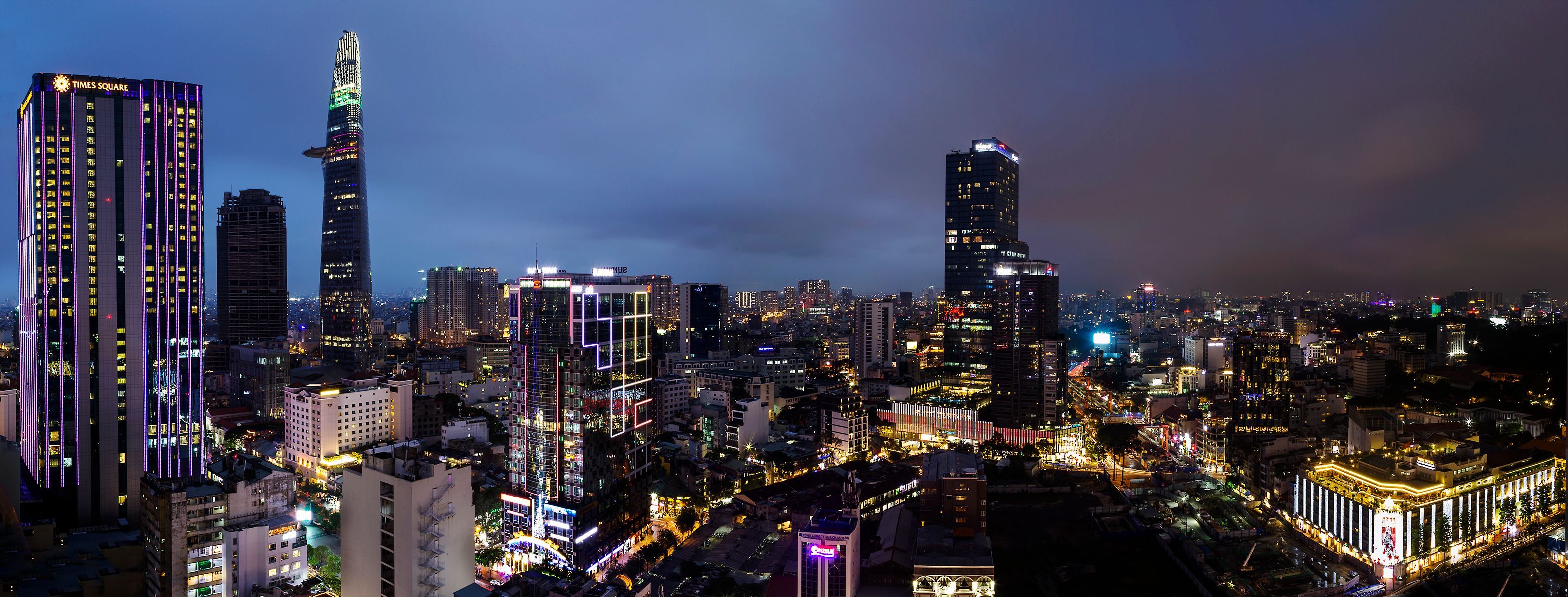 Saigon.Untitled_Panorama1small.jpg