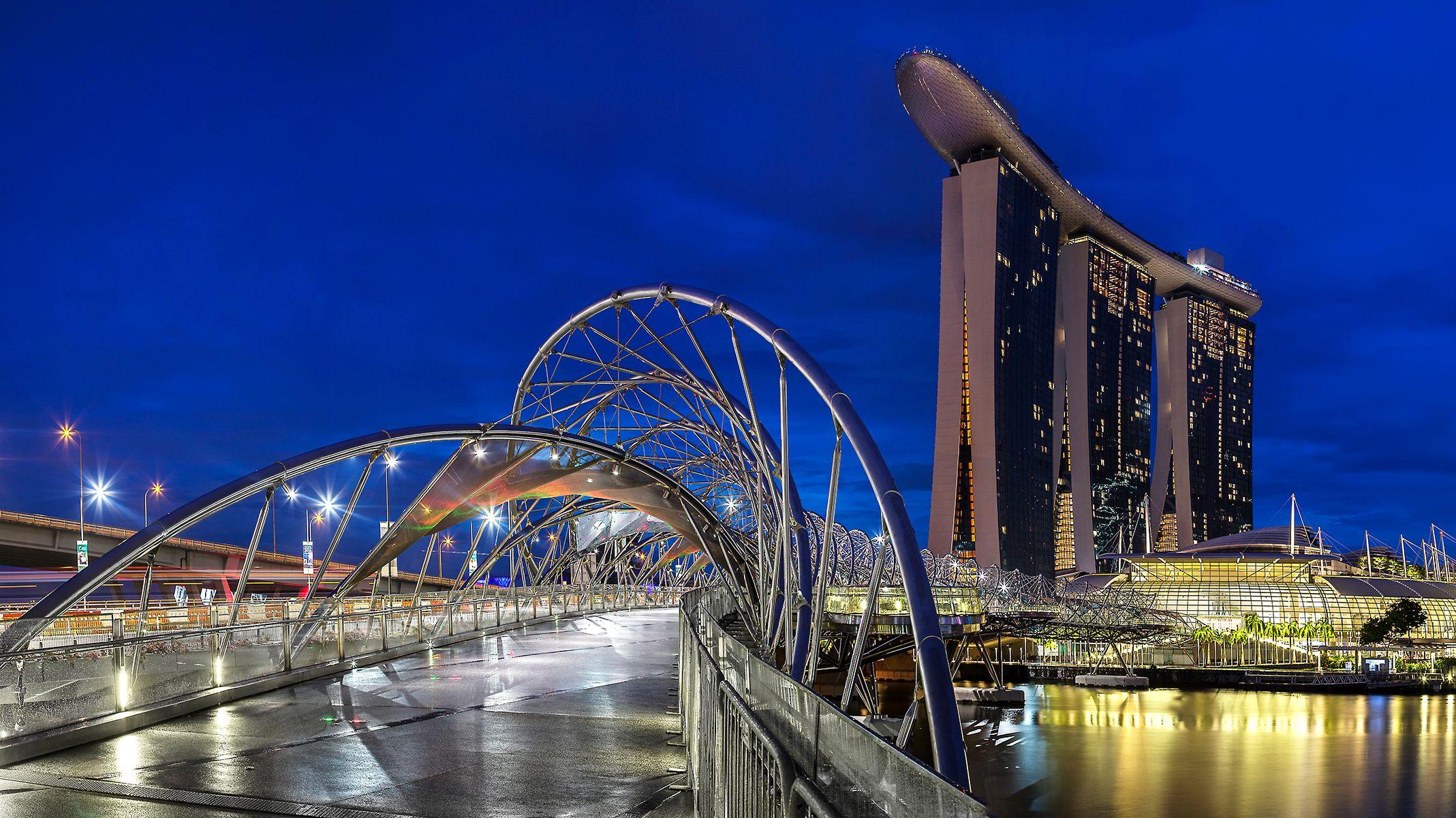 Singapore1.small.jpg