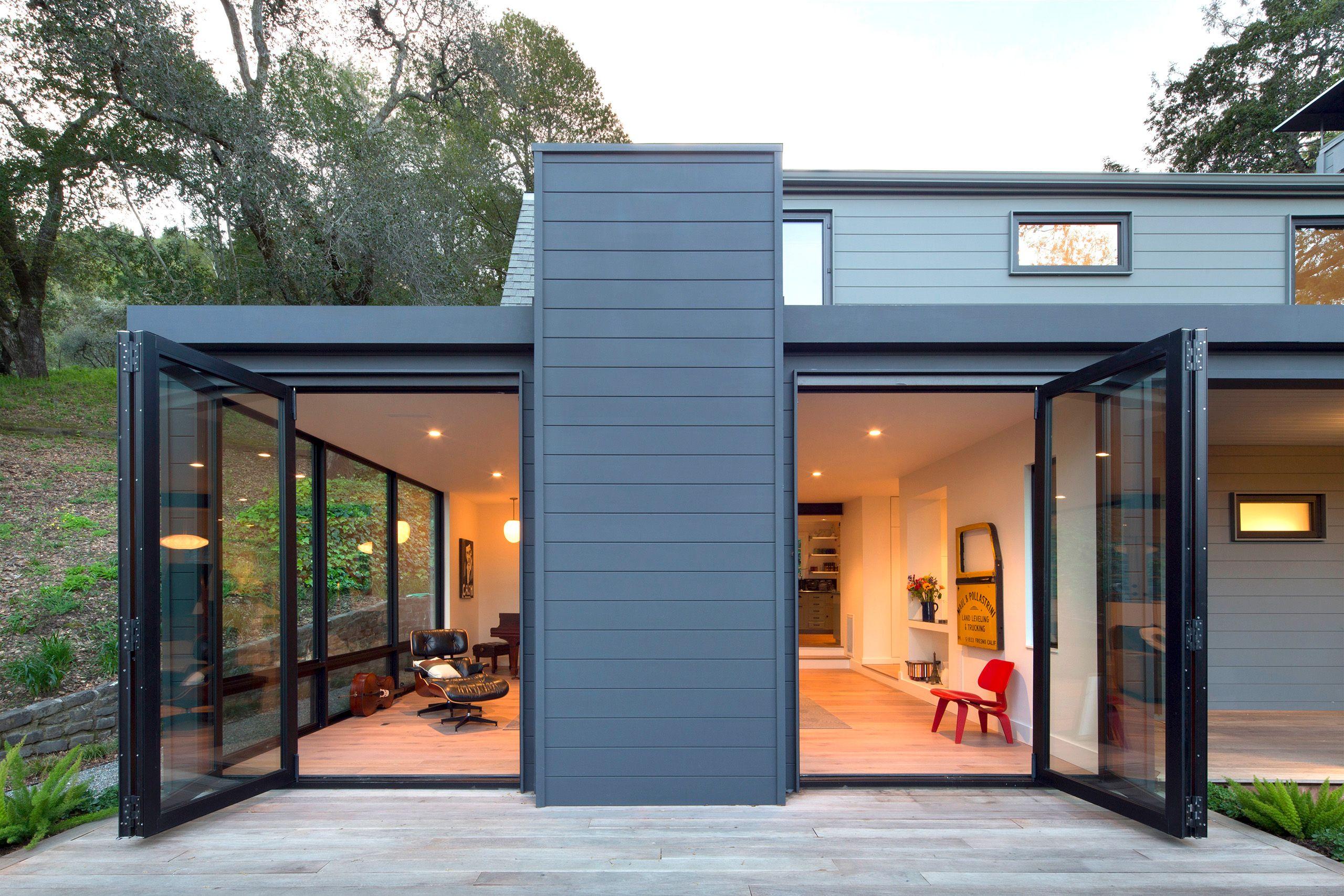 Modern Barn Exterior 2.jpg