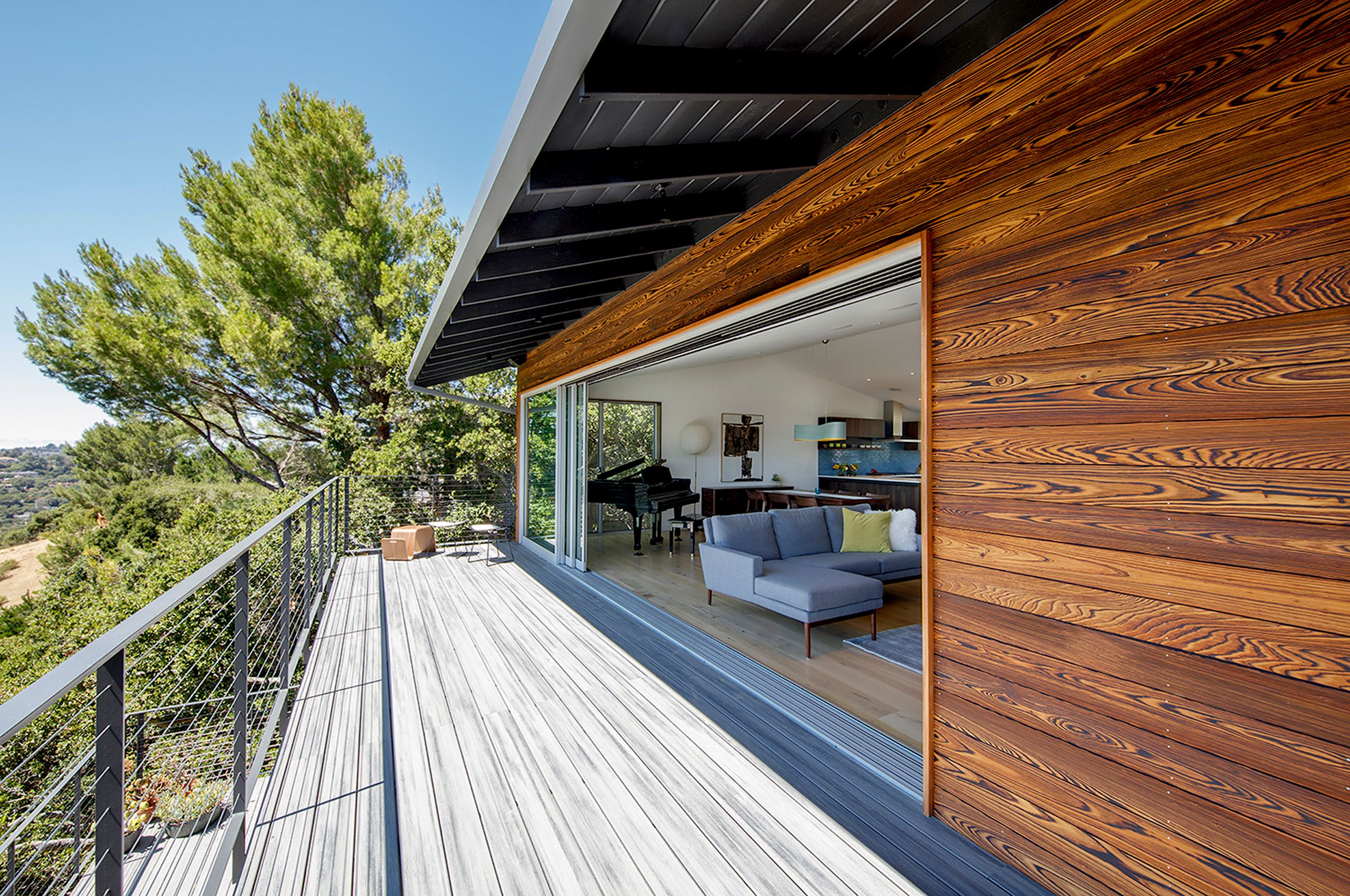 Rear Deck.jpg