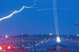 Timelapse light streaks of Planes at Night