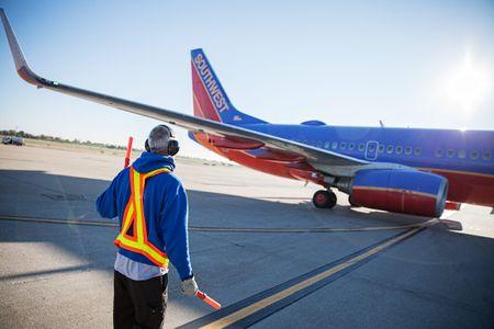 Aircraft Marshaling On an Active Tarmac