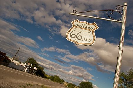 Old Gallery Route 66 US Sign on Route 66
