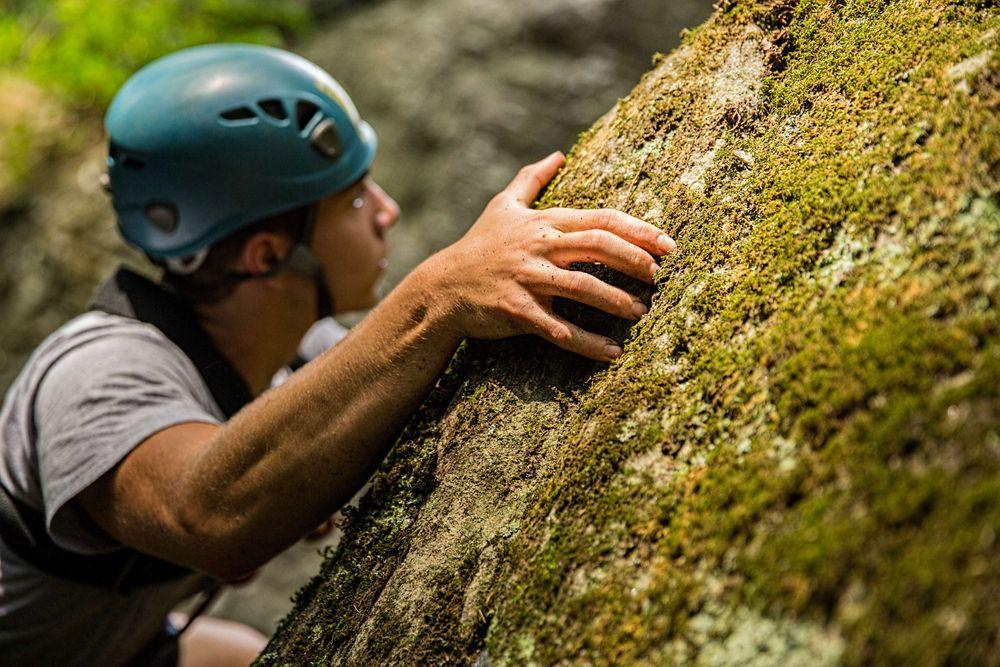 Grabbing The Cliff