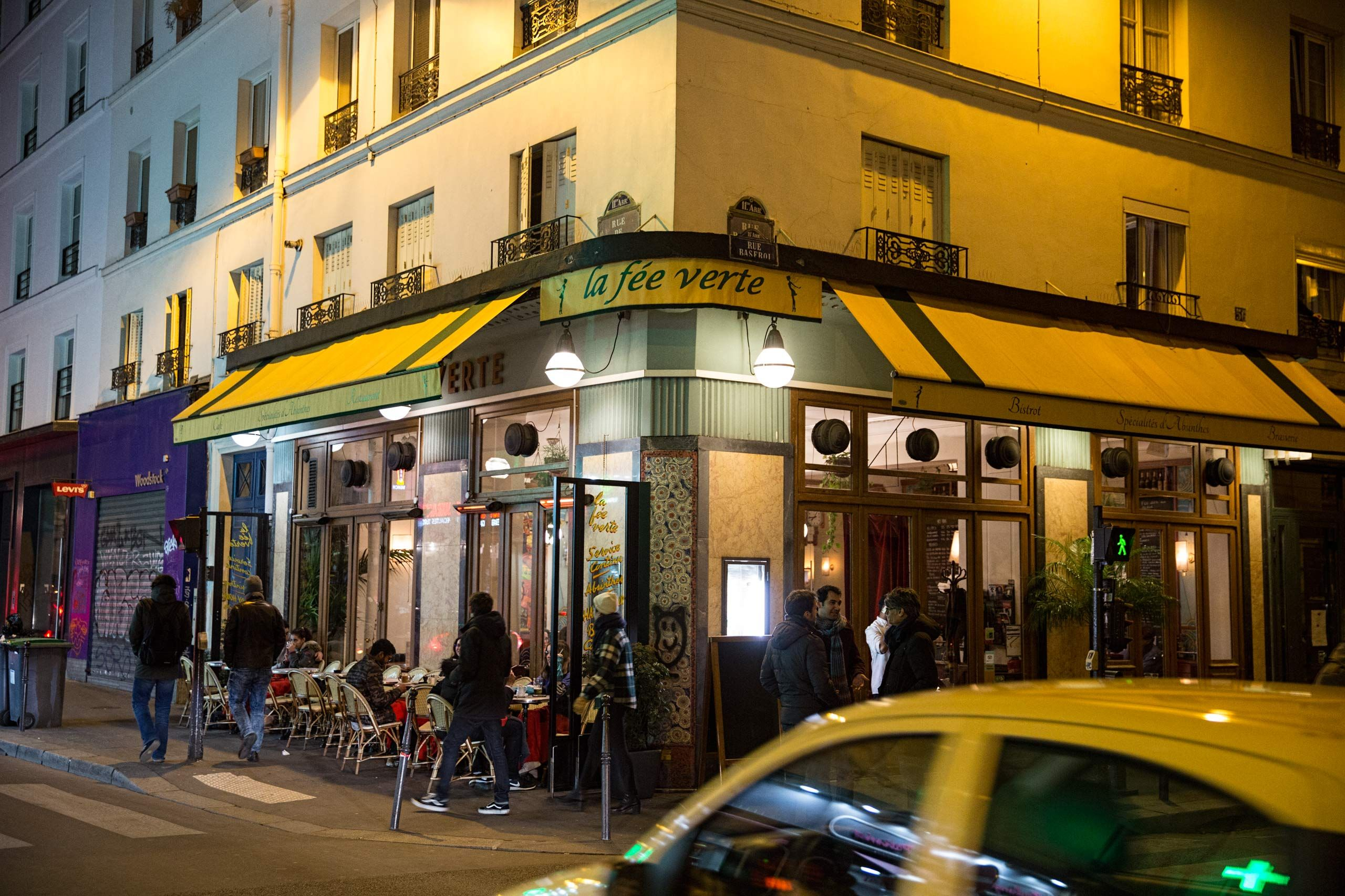 Exterior Photo of La Fee Verte In Paris