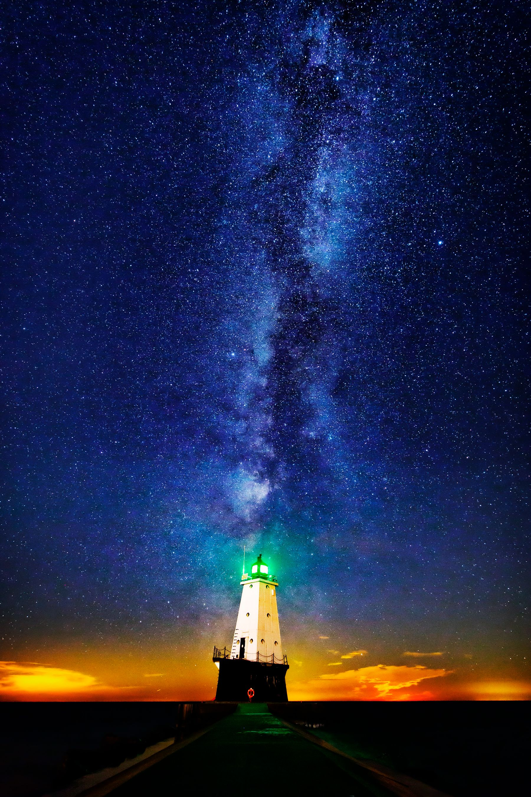 Ludington_NightSky_Canon_6x9.jpg