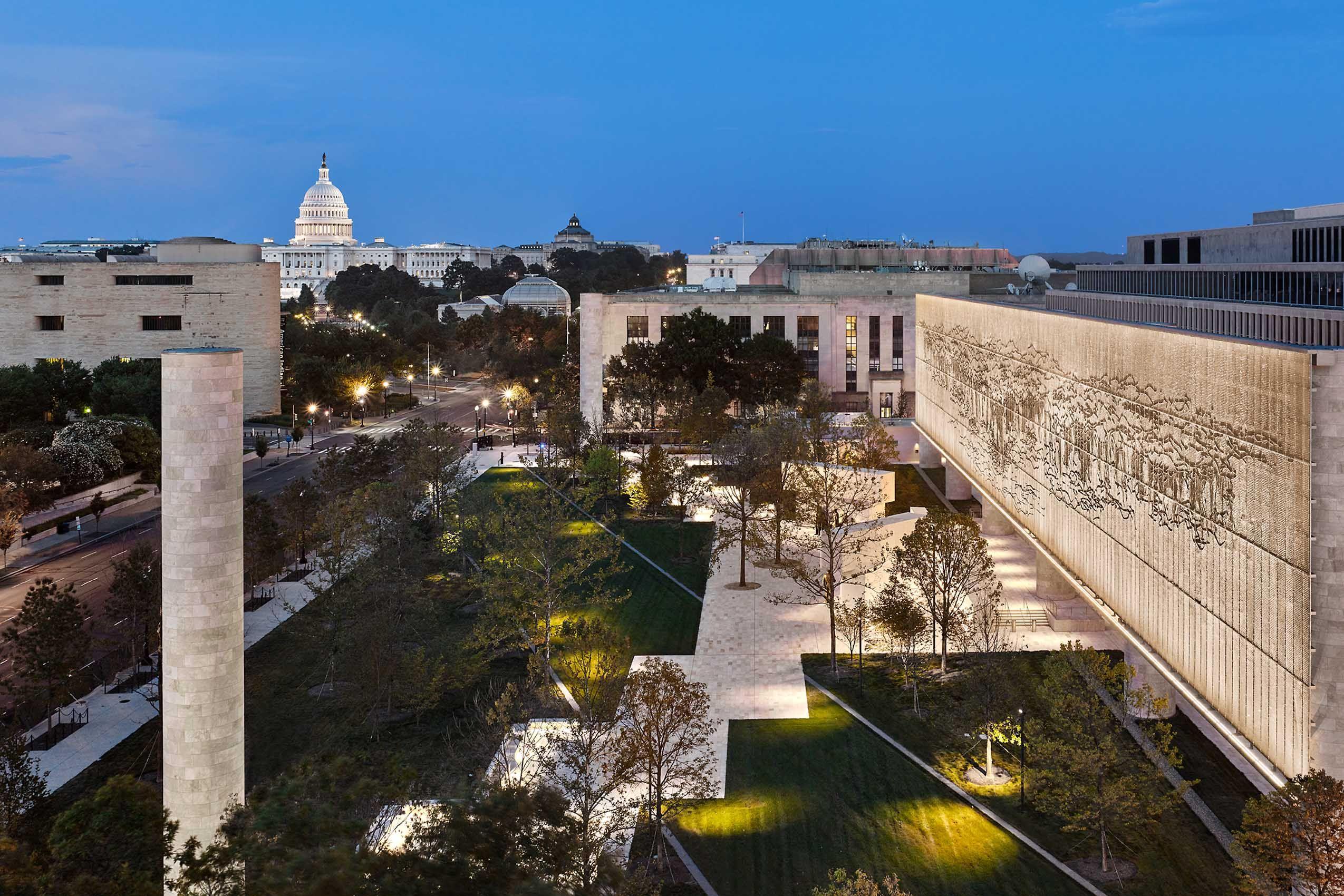 GEHRY PARTNERS   .   EISENHOWER NATIONAL MEMORIAL   .   WASHINGTON DC
