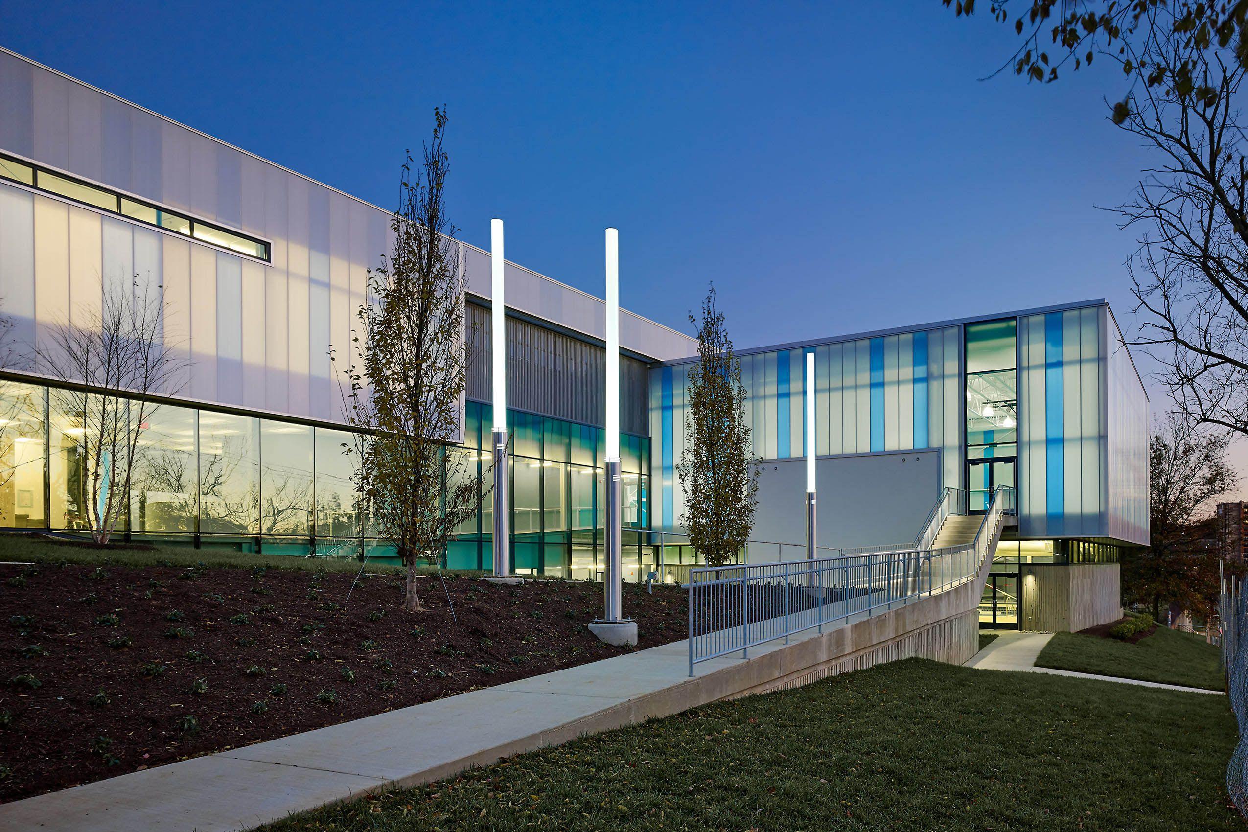SHINBERG LEVINAS ARCHITECTS  .  EAGLE ACADEMY  .  WASHINGTON  DC
