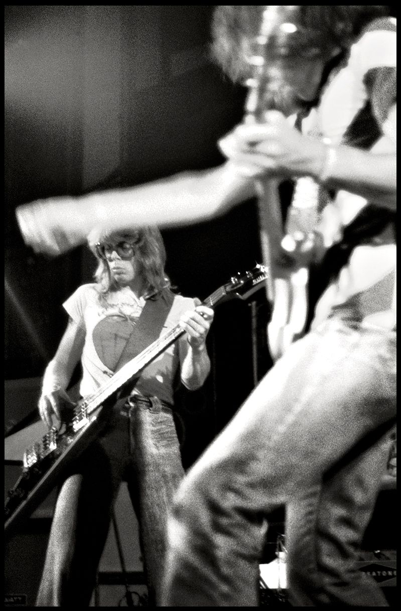 Hot Tuna - Jack Casady - Geary Theater, SF 1977