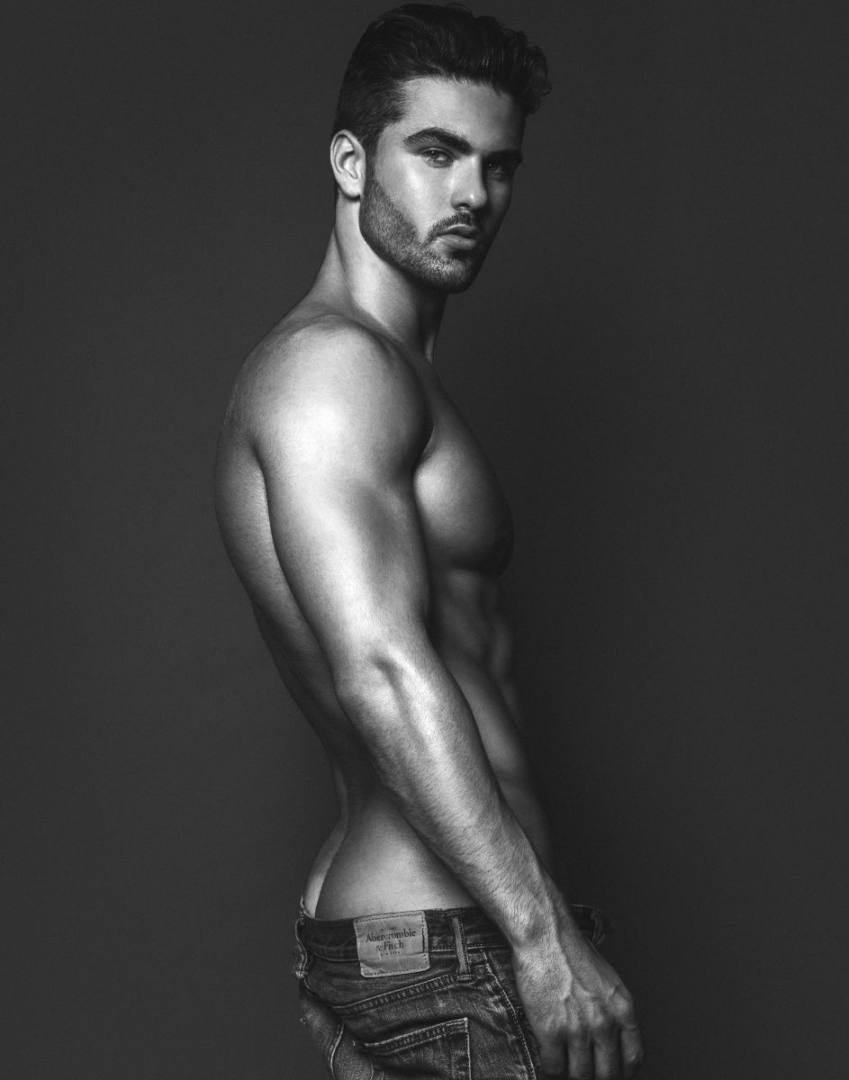 Model Sebastien Girard Roy