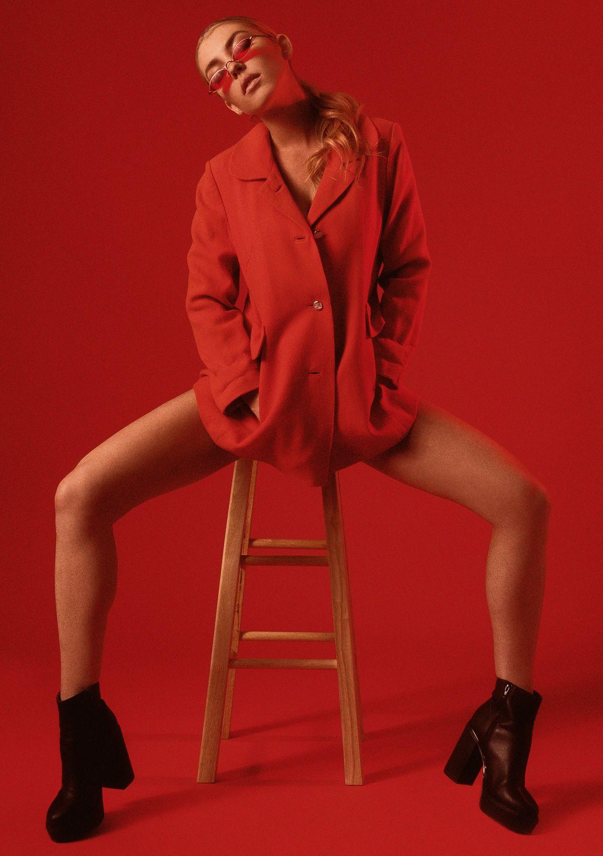 Model Blair Heisl