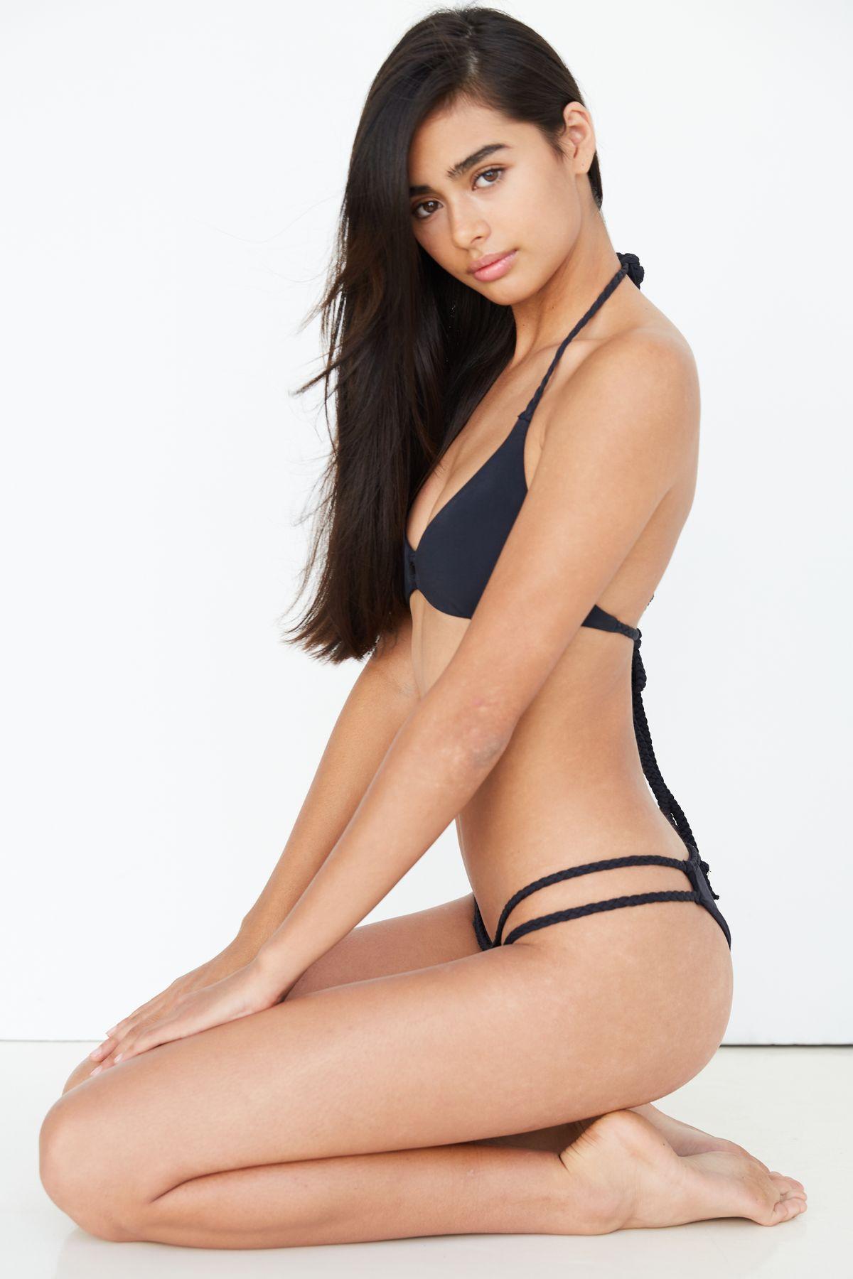 Female Model Ellie