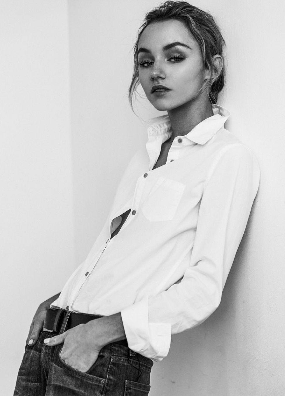 Model Kateri Dion