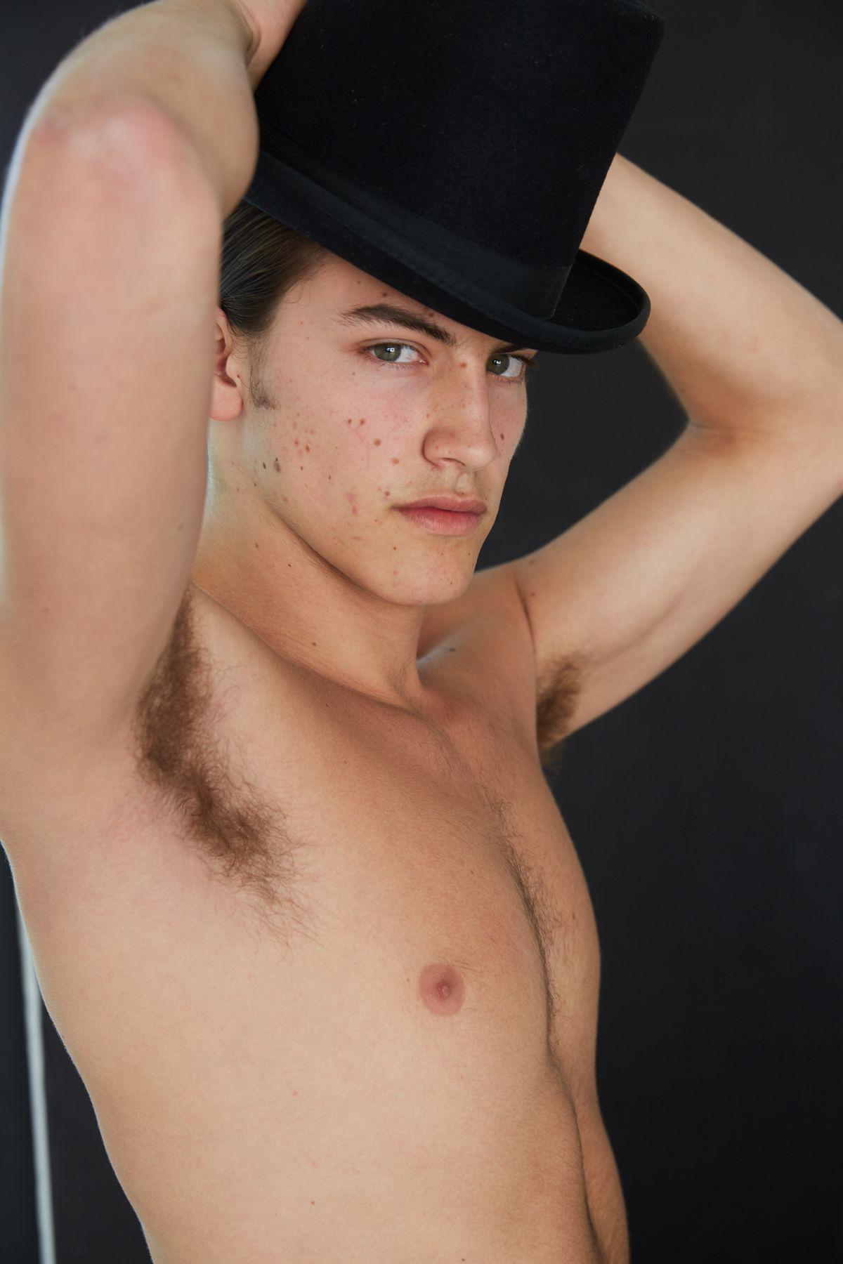 Model Luca De Vico