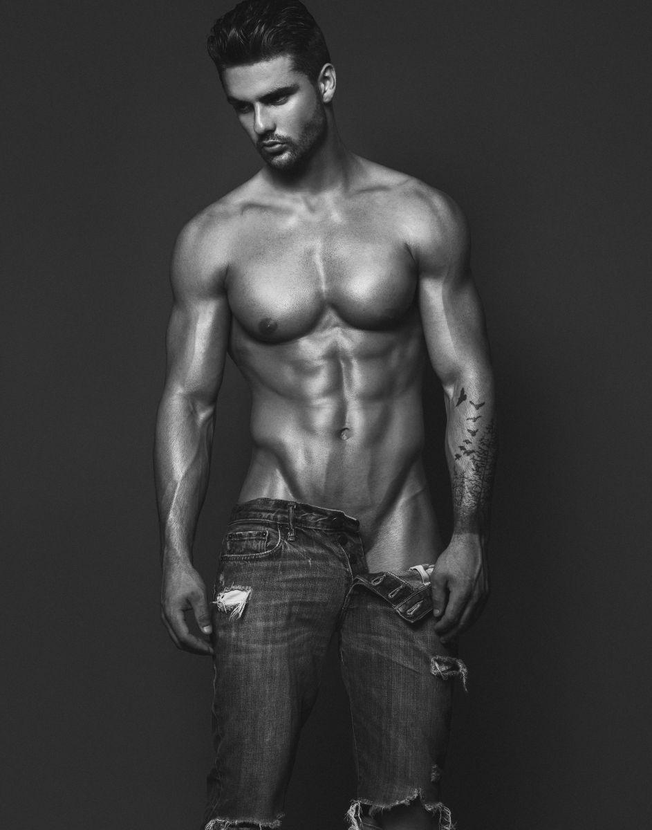 Model Sebastien Girard-Roy