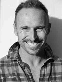 Actor Tom Kurthy