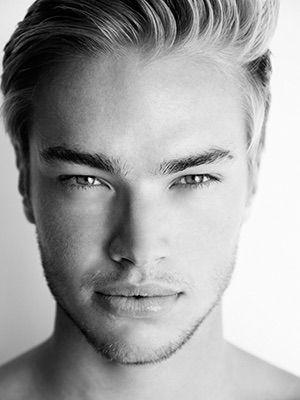 Model Cory Tomlinson