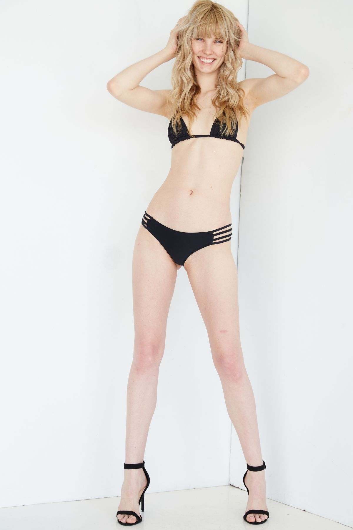 Model Charlize Cotton