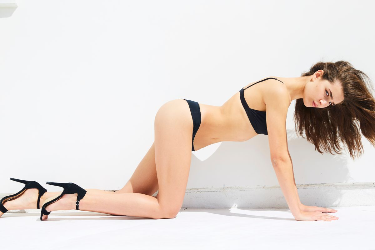 Model Emma Hoyt