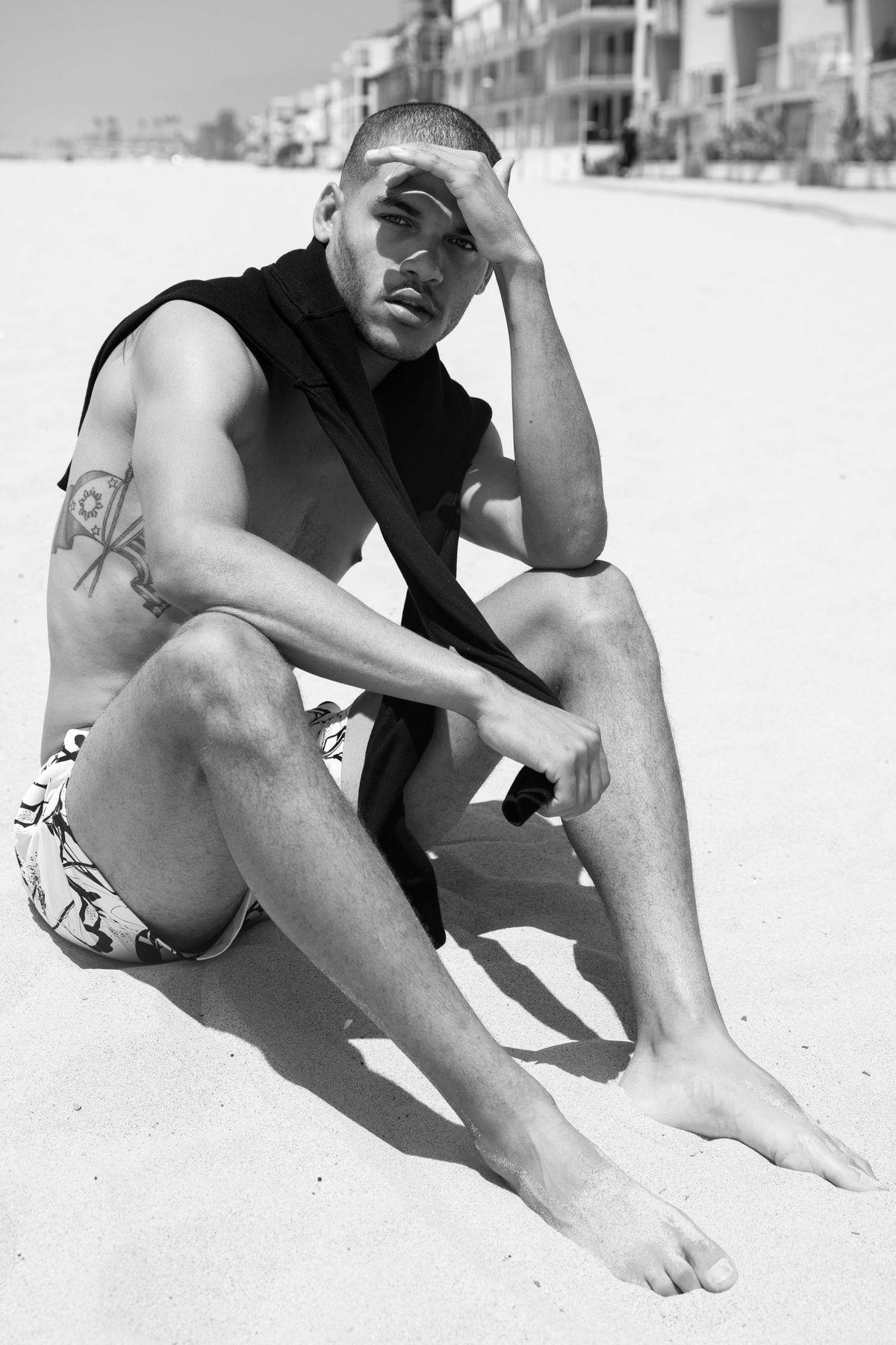 Model Noah Decorsi