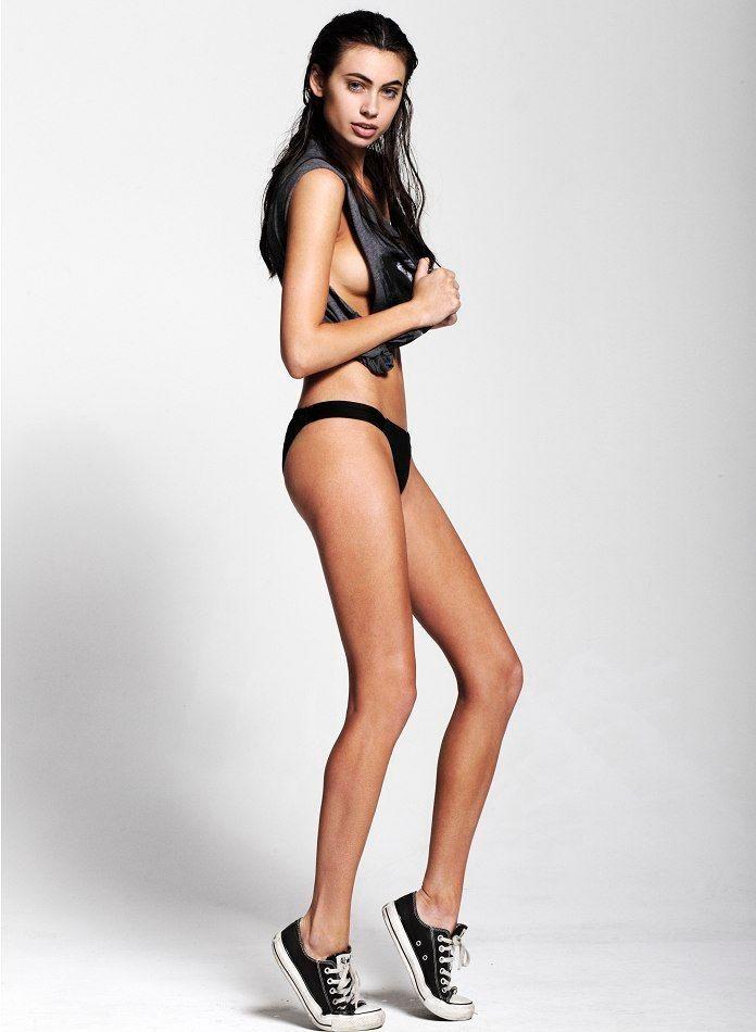 Model Kelli Seymour