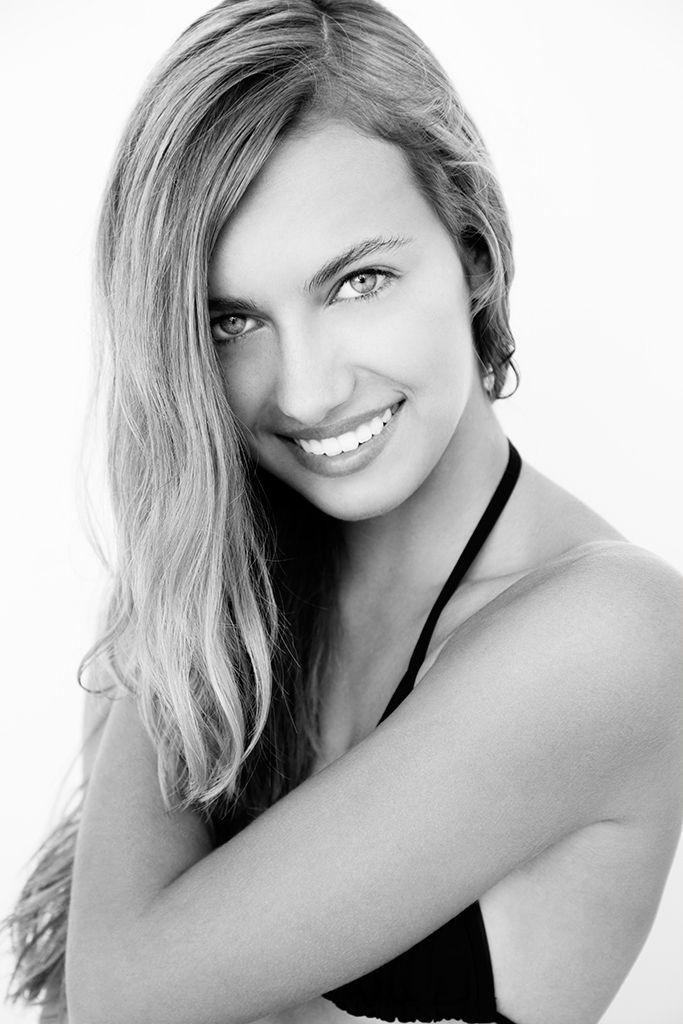 Model Mackenzie Winslow