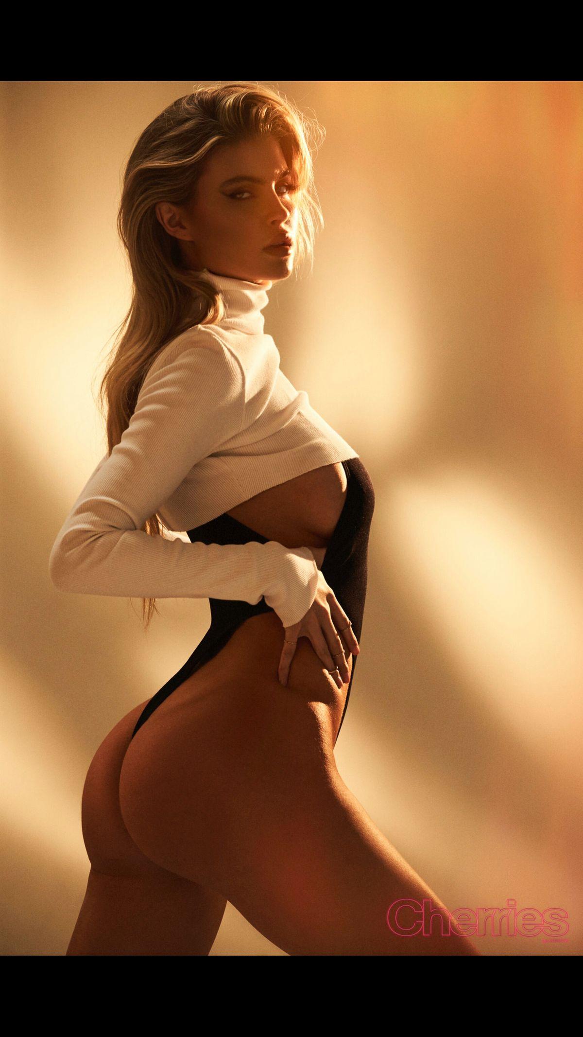 Model Kellie Stewart
