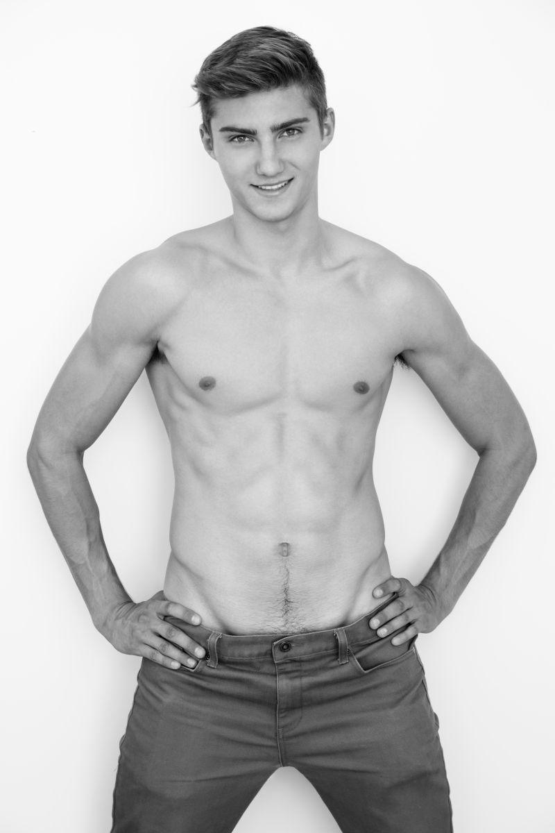 Model Maksim Wolf