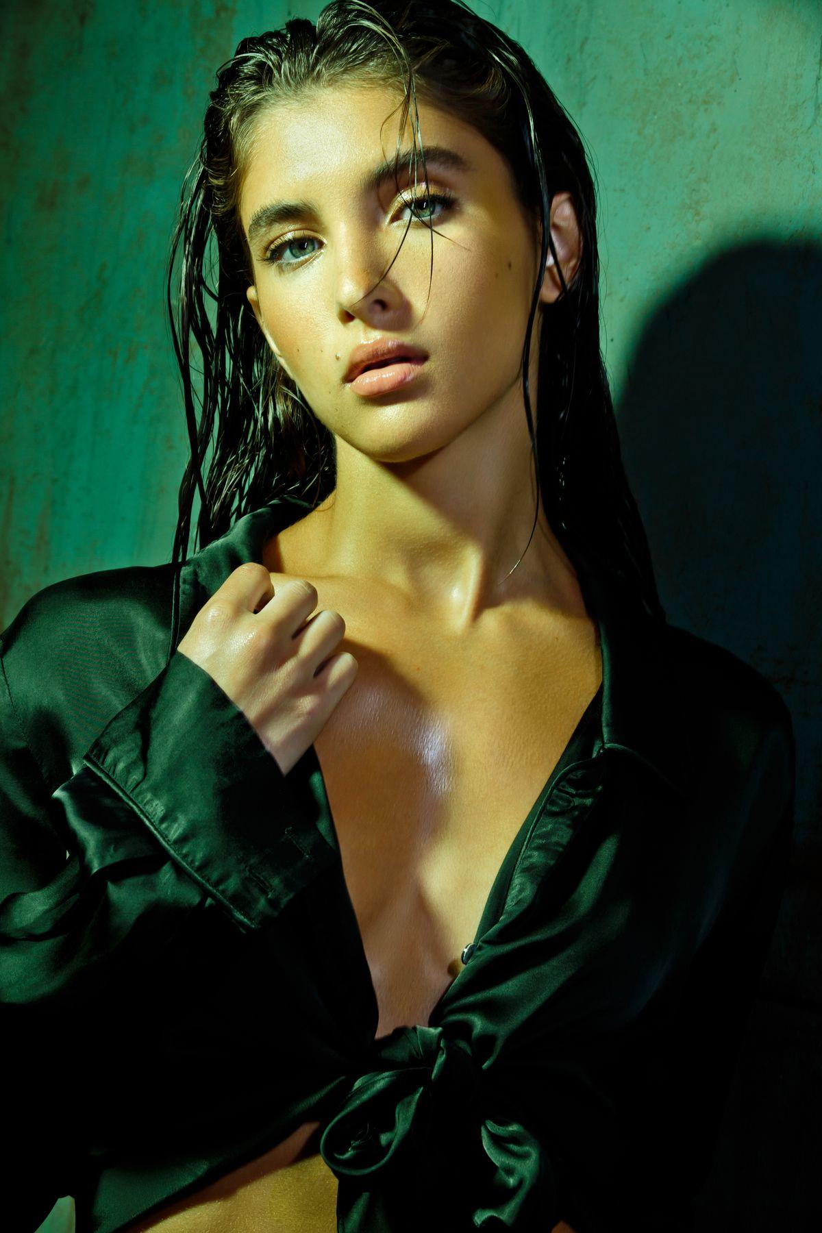 Model Emerson Glazer