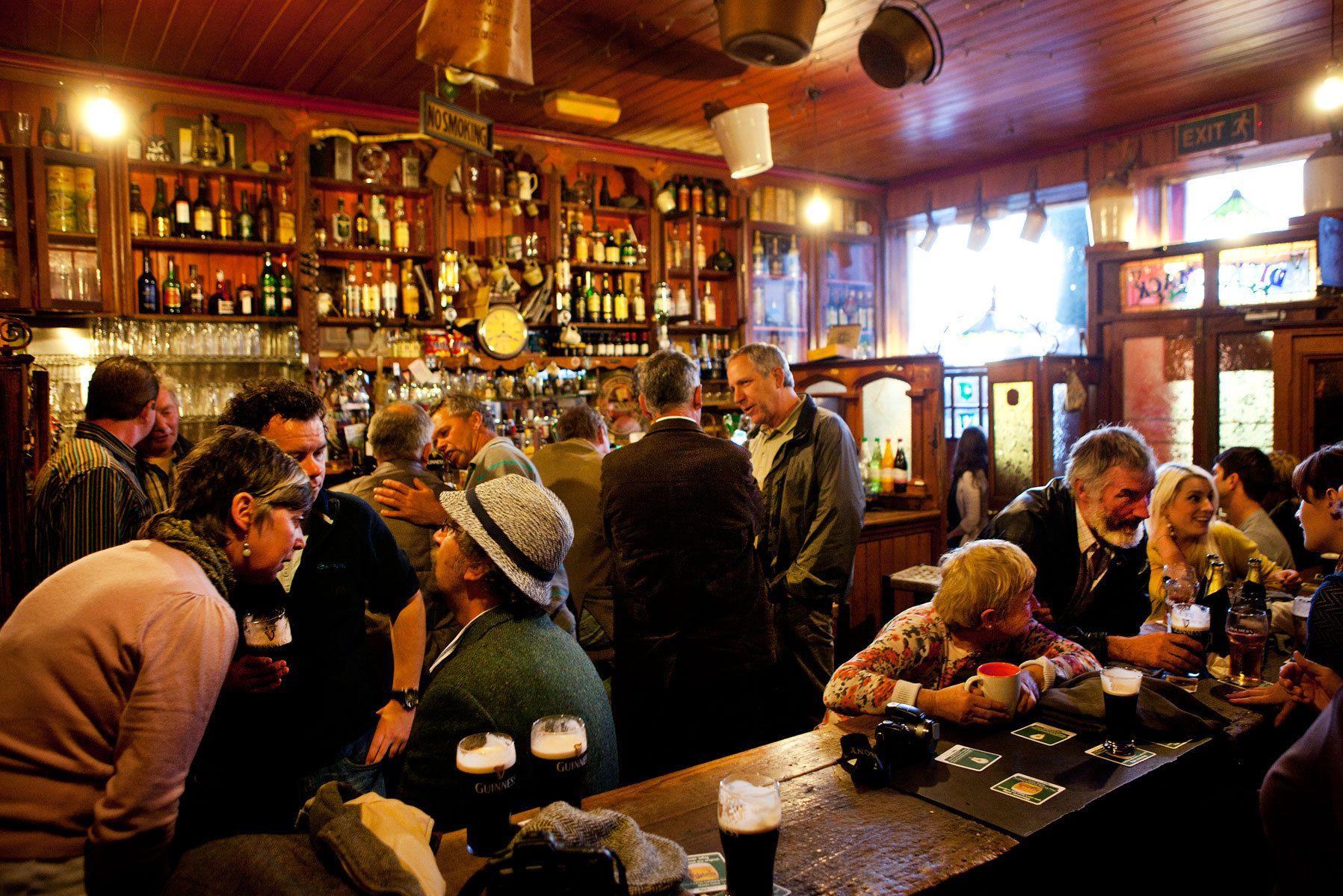 A Sunday at Dick Macks Pub - Dingle Ireland
