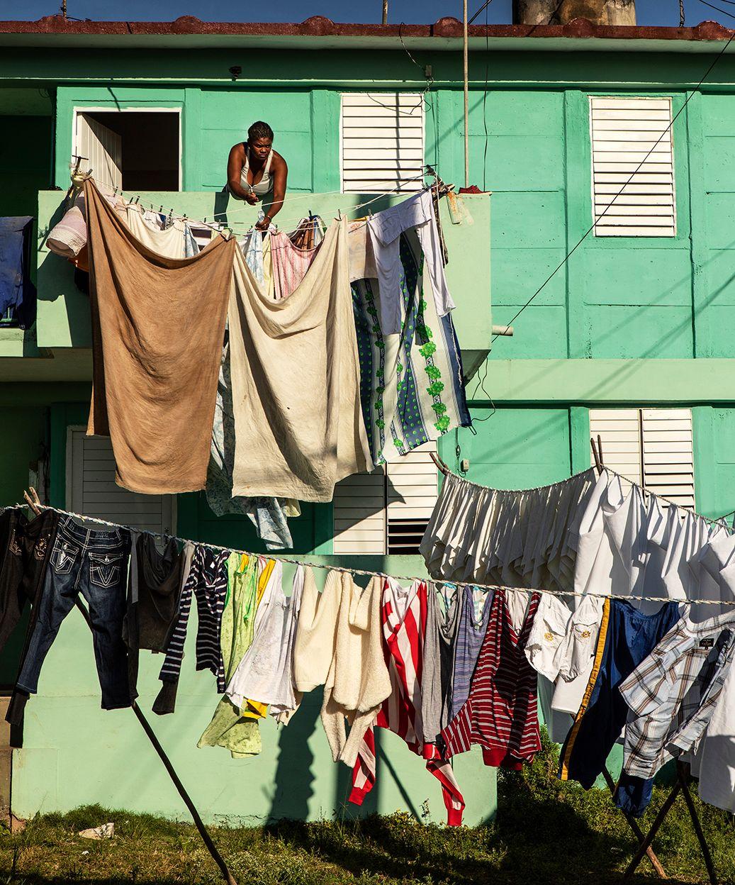 Intense Laundry Vinales.jpg