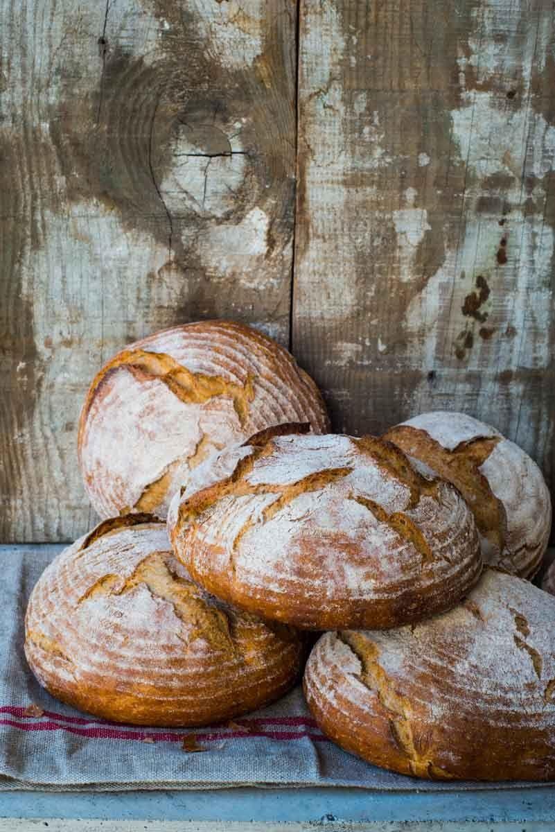 1_dsc6756_bread_loaves.jpg