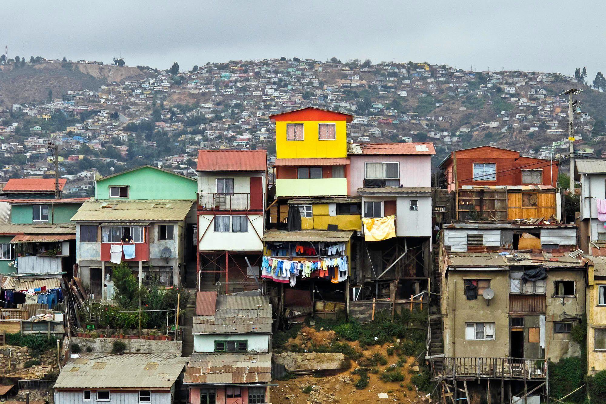 3-We Live here-Valpariso, Chile.jpg