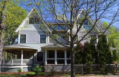 New Oak Park Home with Green Technologies