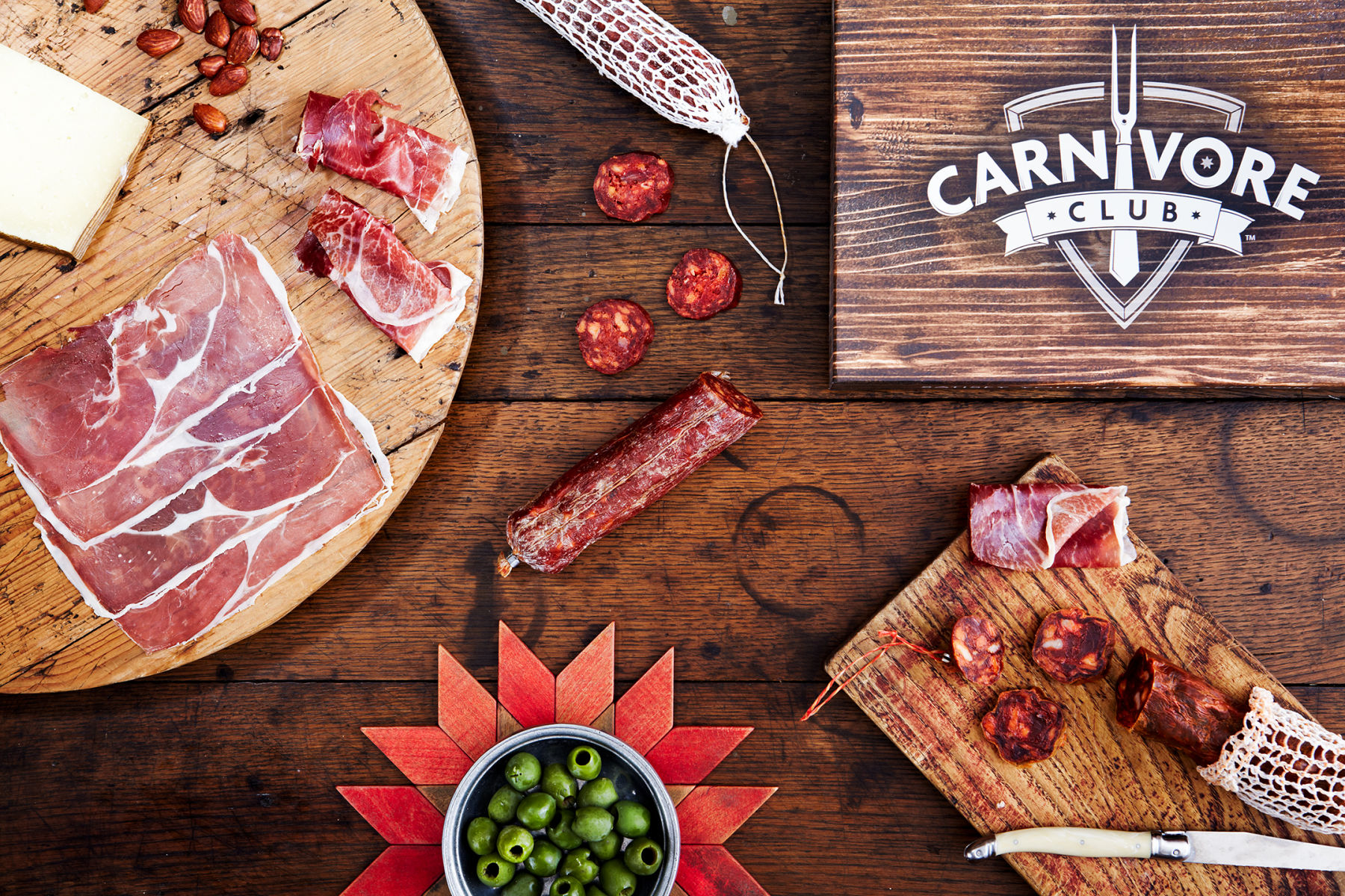 1carnivore_club_summer_boxes_2015_6341.jpg