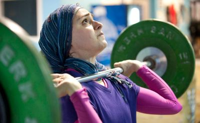 1r2011_Weightlifting_hijab.jpg