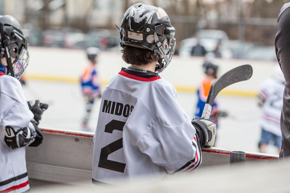 1r2016_02hockey_106.jpg