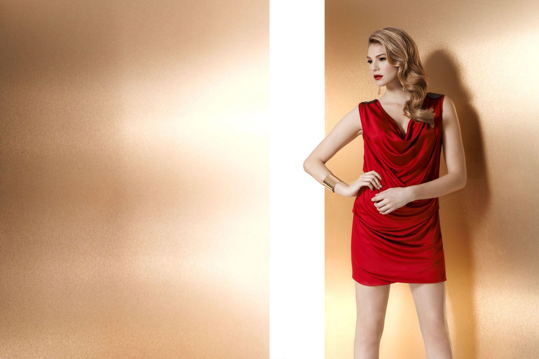 1s14_fw13_red_goddessdresseditorial_1474r1_copy.jpg