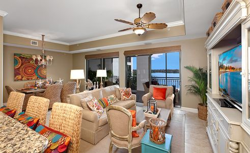 1living_room_1_edit___10721_mirasol_505_web