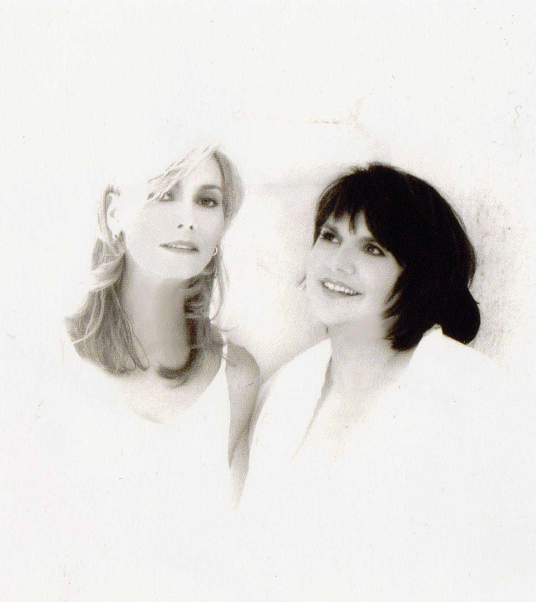 Emmylou Harris & Linda Ronstadt