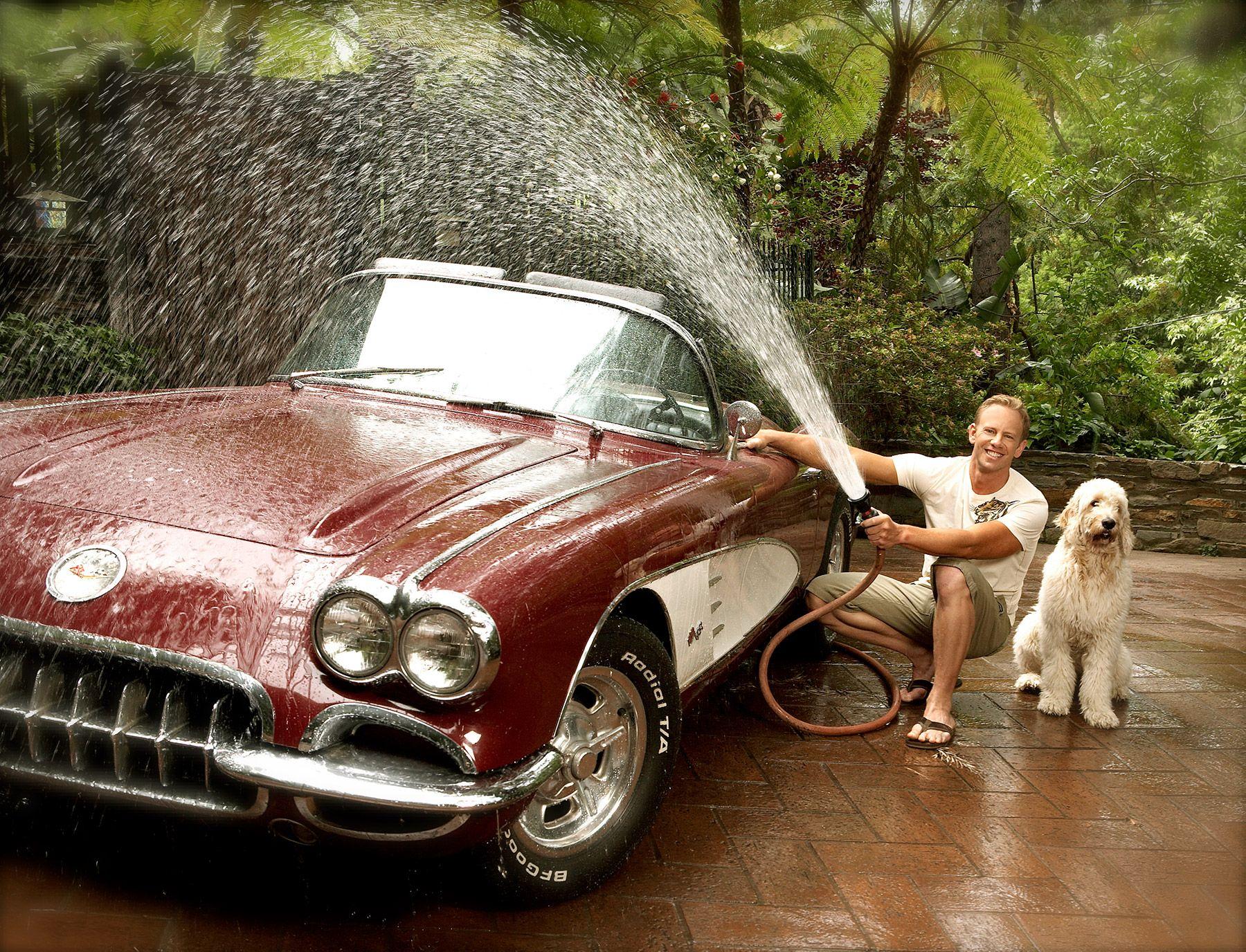 ian carwash.jpg