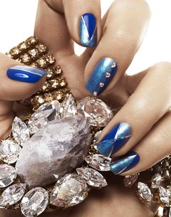 BLUE-NAILS-HERO_030.jpg