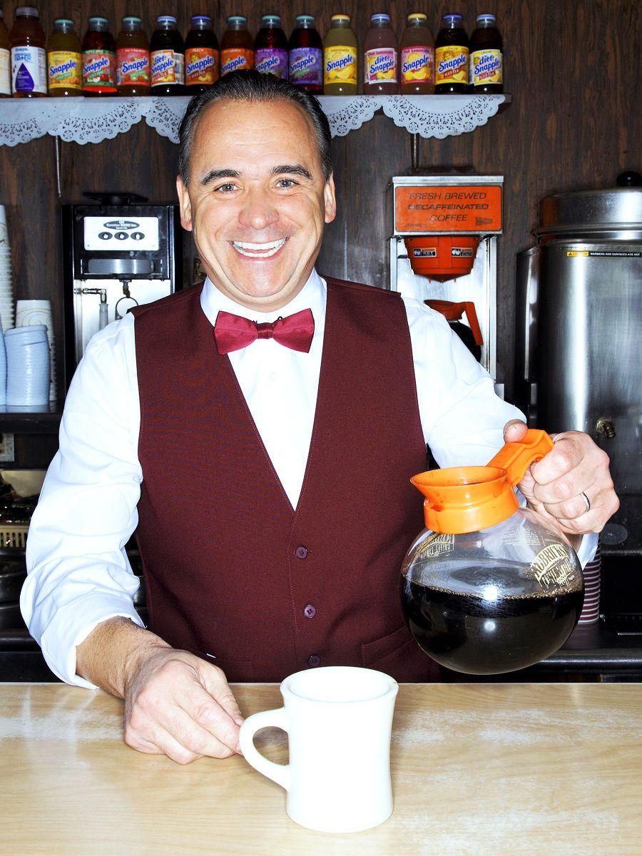 Jean-Georges Vongerichten as diner employee