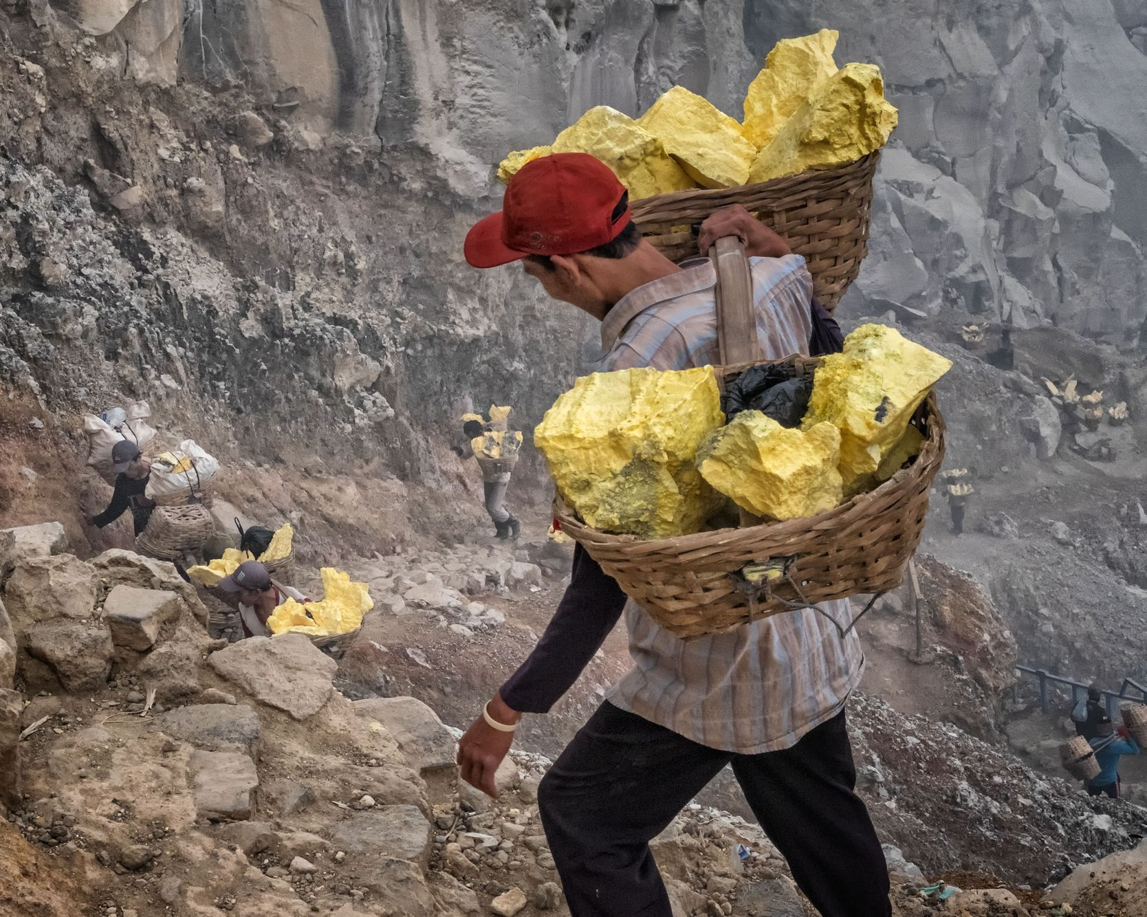 INDONESIA:  The Sulfur Miners of Ijen