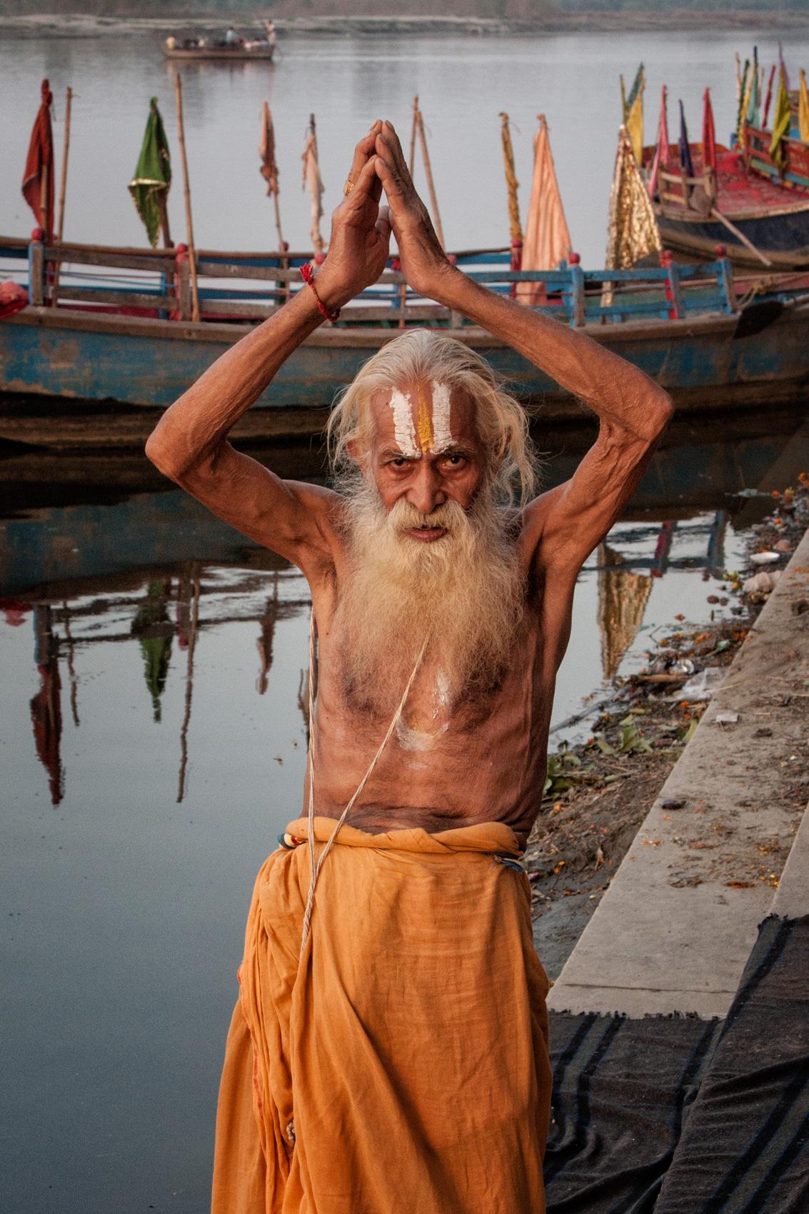 INDIA:  Evening Aarti on the Vrindavan Ghats