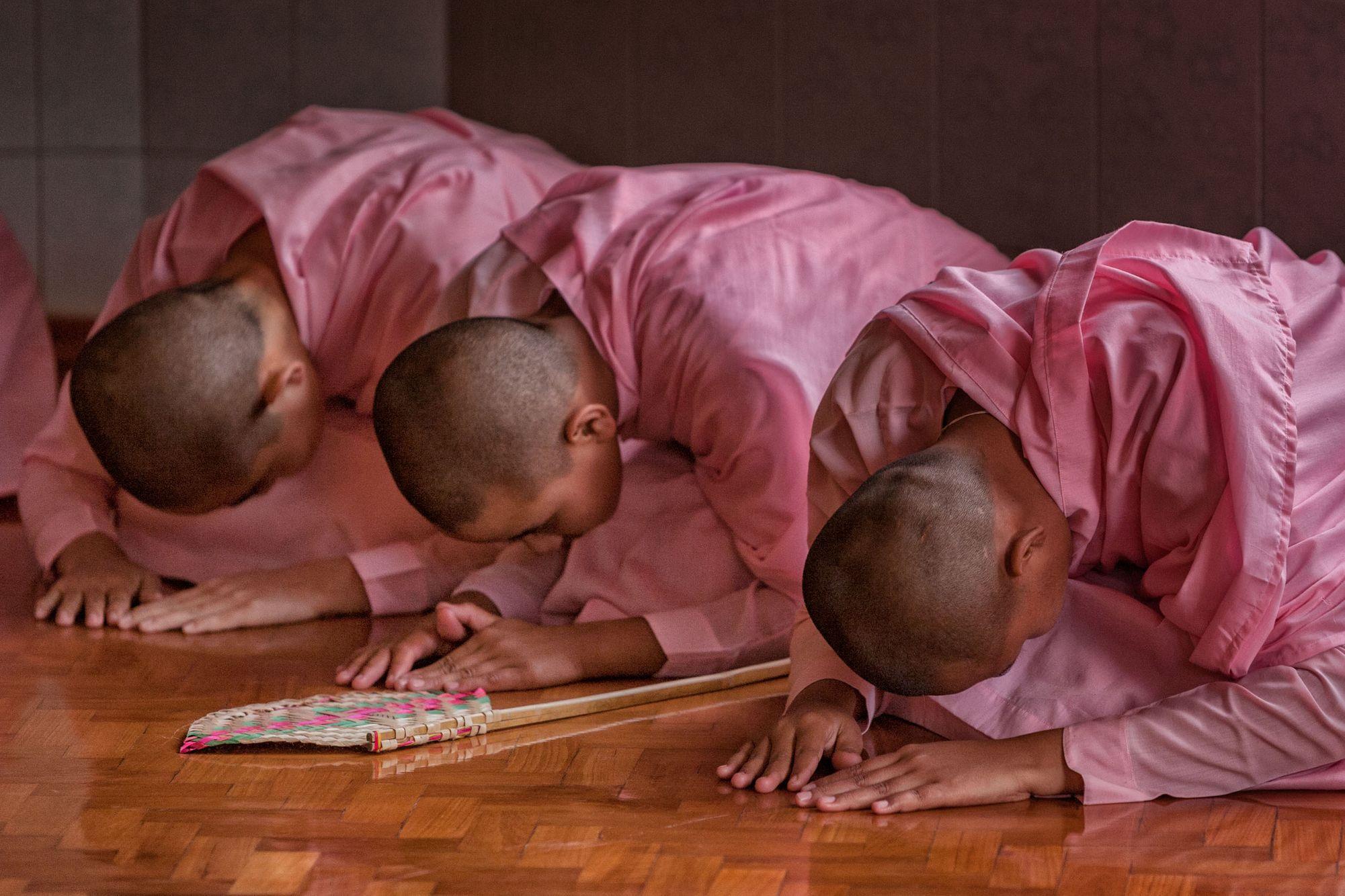MYANMAR:  Buddhist Monks & Nuns