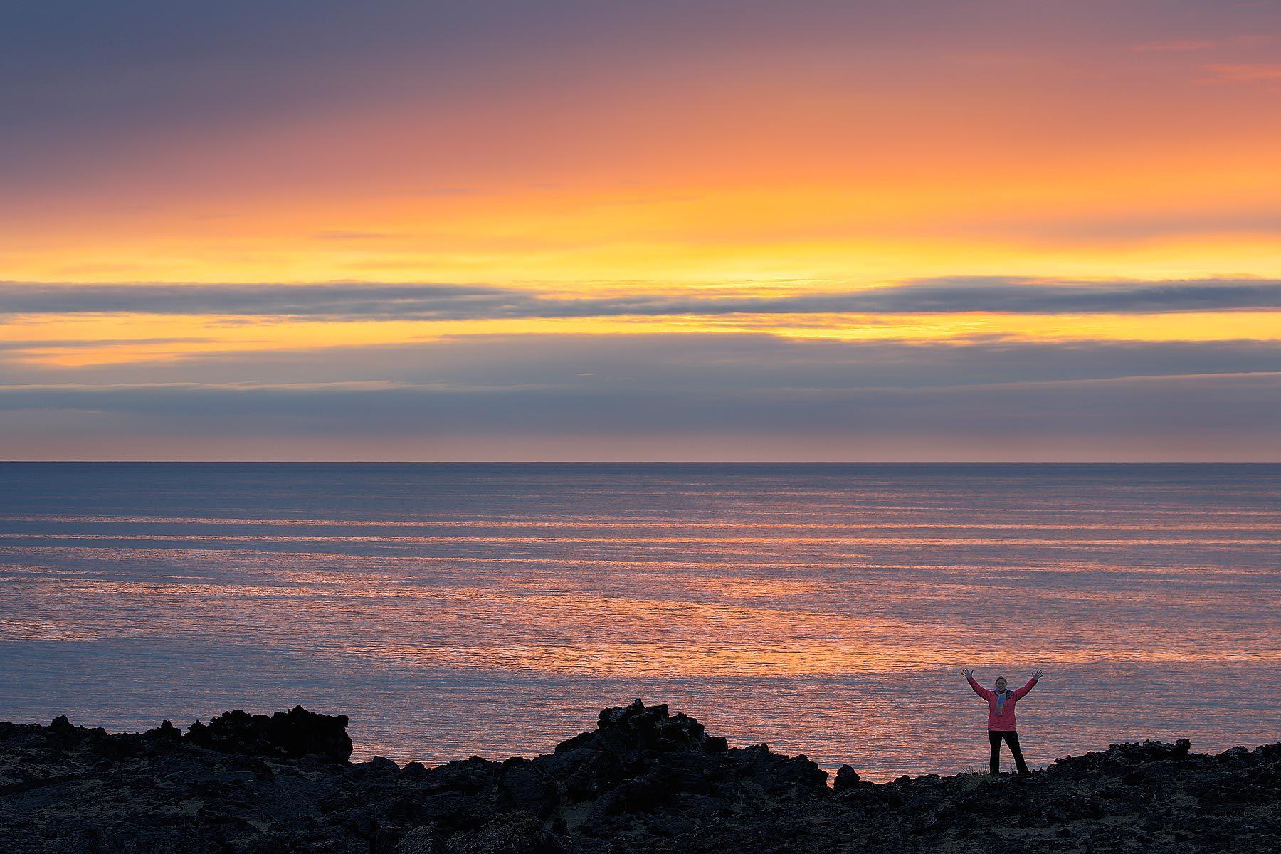 Adri-silhouette_S6A7238-Skardavik,-West-Iceland.jpg