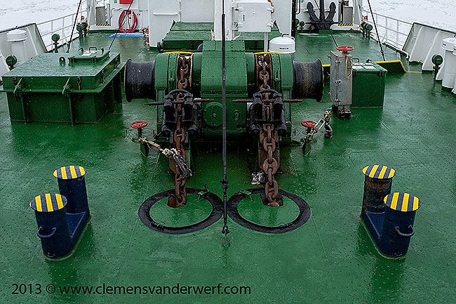 Polar-Pioneer-working-its-way-through-sea-ice_S6A0614-Neumayer-Channel-Antarctica.jpg