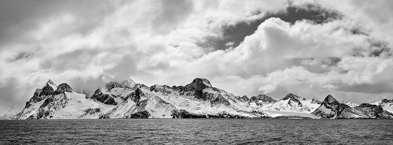hamilton-bay-and-salomon-glacier-pano_bw-1_s6a1402-drygalski-fjord-cooper-sound-south-georgia-islands-southern-oceanb.jpg