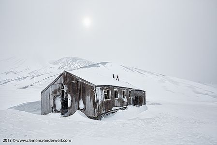 Old-whalers-hut-at-Whalers-Bay_S6A4811-Whalers-Bay-Deception-Island-South-Shetland-Islands-Antarctica.jpg